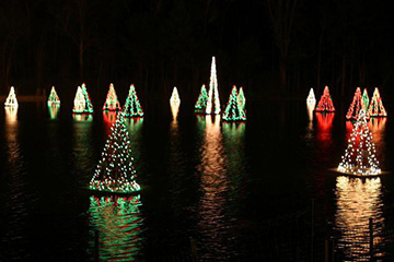 Historic Smithville Holiday Light Show